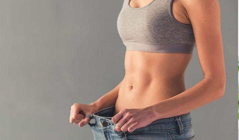 <p> यासह, गरम पाणी पिल्याने वजन कमी करण्यात मदत होते. शरीराची चयापचय वाढते. जे वजन कमी करण्यात खूप मदत करते. & Nbsp; </ p>